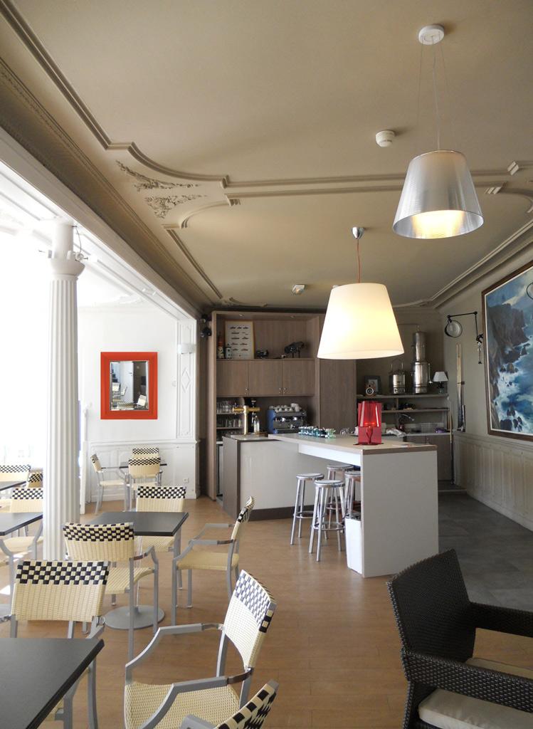 projet n 14 r novation partielle de la maison familiale l h tel de la plage morgat atypique. Black Bedroom Furniture Sets. Home Design Ideas
